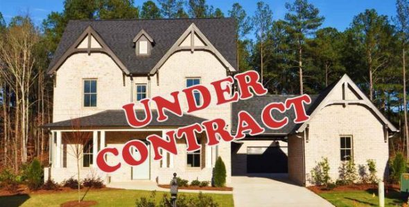 334 Kilkerran Lane under contract
