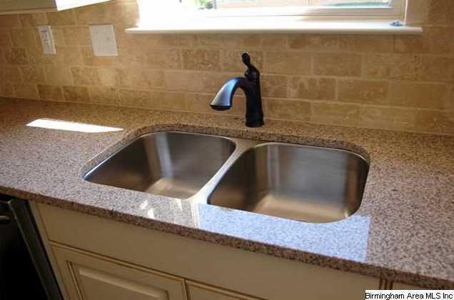 arcarahomes.comKitchen also features granite,
