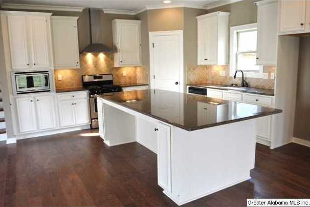 Wow What A Kitchen Plenty Of Work And Entertaining Space With The 8 Foot Island That Seats 5