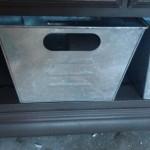 dresser shiny bin